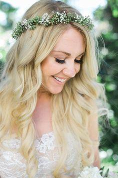 Flower crown, blonde bride, seeded eucalyptus, baby's breath // Kristine Marie Photography