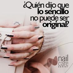 Nude nails. Negro y beige.
