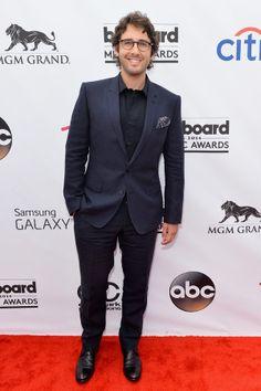 2014 Billboard Music Awards: Josh Groban