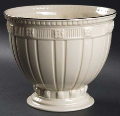 Lenox Forum footed bowl