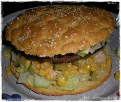 I kveld har eg prøvd meg på å lage hamburgerbrød. Fant oppskrifta på LCHF-bloggen :) I denne bloggen finner du massevis av gode oppskrifter ...