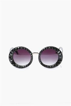 Twiggy Sunglasses in purple - my daughters favorite color :)