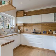 33 Ideas for a Light Wooden Kitchen - Modern Kitchen Kitchen Room Design, Kitchen Cabinet Design, Modern Kitchen Design, Kitchen Layout, Home Decor Kitchen, Interior Design Kitchen, Kitchen Furniture, Kitchen Designs, Luxury Kitchens
