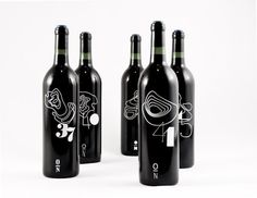 Designed by Rob Schellenberg , these wine labels based on the longitudes of Italy and it's famous wine regions. Depending on the degrees north, the wine region was associated with a numerical logo and topographic map. Source :: Packaging of the World Sauvignon Blanc, Cabernet Sauvignon, Malbec Wine, Wine Bottle Design, Wine Label Design, Wine Bottle Labels, Wine Bottles, Wine Decanter, Chenin Blanc