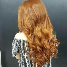 Lindo! Royal Color Sweet Hair Professional  Ligue 22981449928 Royal Colors, Long Hair Styles, Sweet, Beauty, Candy, Long Hairstyle, Long Haircuts, Long Hair Cuts, Beauty Illustration