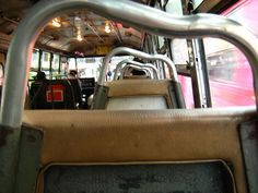 Bus by Wongphakdee