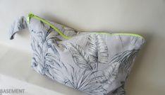 grey beach  mini bag  with yellow neon zipper Wet Bag, Fashion Fabric, Mini Bag, Etsy Seller, Neon, Zipper, Yellow, Grey, Beach