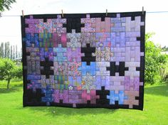 Quilters Puzzle (from My Quilt Place, Eileen Morison) inspiration only. love the idea of adding the black spaces, maybe do edge puzzle pieces too instead of all the same. Quilting Tips, Quilting Projects, Quilting Designs, Sewing Projects, Puzzle Quilt, Quilt Blocks, Scrappy Quilts, Baby Quilts, Kid Quilts