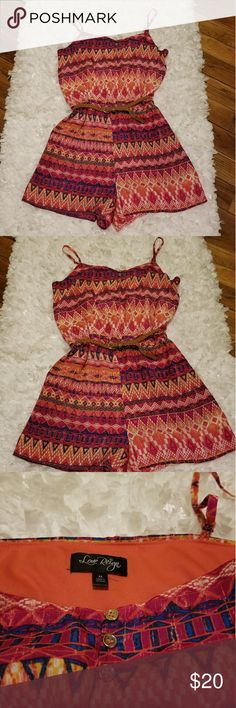 *Sale* Love Reign Rompers Size Medium in very cute print and excellent condition. No flaws. Love Reign Dresses