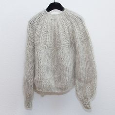 Mohair Pleated Cardigan, Short Light Melangeby Maiami - chic edition Mohair Sweater, Easy Knitting, Knitting Designs, Knitwear, Knit Crochet, Turtle Neck, Pullover, Sweaters, How To Wear