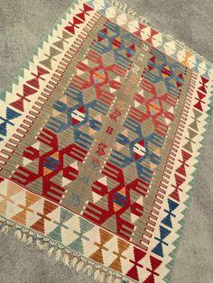 "Vintage Turkish Kilim Rug, Pastel Color Rug,Home Decor,Kelim Rug,Interior Design,Bohochic Rug,WovenTapestry,4'x5'5"",FREE Shipping within USA by OneAndOnlyShop on Etsy"