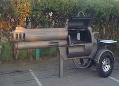 Gun shaped grill...THIS IS AWESOME!! MY HUSBAND WOUKD LOOOOVE IT!!!! :)
