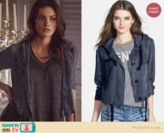 Hayley's blue hooded jacket and grey v-neck tee on The Originals.  Outfit Details: http://wornontv.net/38691/ #TheOriginals
