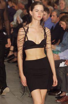 Helmut Lang at New York Fashion Week Spring 2001 - Runway Photos