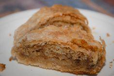 Orechová štrúdla Apple Pie, Desserts, Food, Basket, Tailgate Desserts, Deserts, Essen, Postres, Meals