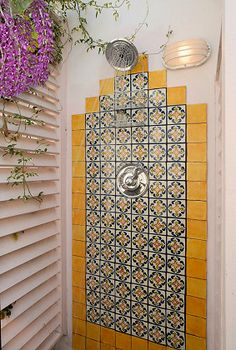 "Exotic outdoor shower at the ""Mediterranean-Caribbean Villa' in displays colorful tiles and tropical flower vines. Spanish Style Homes, Spanish Revival, Spanish House, Spanish Colonial, Spanish Home Decor, Spanish Bathroom, Spanish Tile, Spanish Pool, Spanish Style Bathrooms"