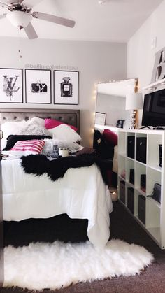 @Btwimk💗. Apartment Makeover, Teen Girl Bedrooms, Shag Rug, Shaggy Rug, Teenage Girl Bedrooms, Teen Bedrooms
