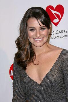 Lea Micheles glamorous, wavy hairstyle