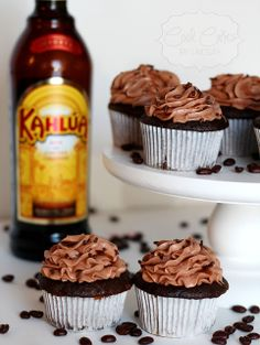Cool Cakes by Lindsay: Kahlua Cupcakes Kahlua Cupcakes, Mini Cupcakes, Kahlua Recipes, Amazing Cakes, Muffin, Food And Drink, Baking, Cup Cakes, Breakfast