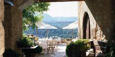 Meet the Spanish Tuscany - La Torre del Visco Hotel