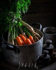 "Polubienia: 37, komentarze: 1 – Shaiith Photography (@shaiith_photography) na Instagramie: ""Ingredients for vegan soup.  #foodphotographer #foodphotography #food #shaiith #foodporn #broth…"""