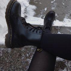 dr martens botas negras