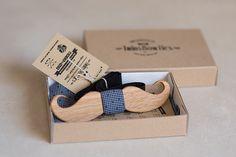 Wooden bow tie Sie inetessieren sich für den einzigartigen Gentleman Look? Schauen Sie im Blog vorbei www.thegentlemanclub.de