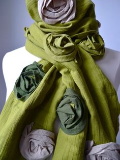 Chic cotton rose scarf - olive #Handmade #Lovestyle