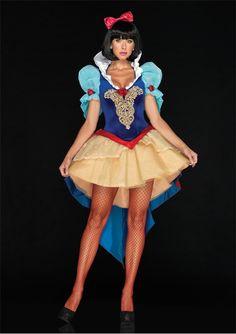 Snow White Deluxe Costume available on TrendyHalloween.com #Halloween #Disney #Costume #SnowWhite #Disneyland