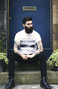 chrisjohnmillington: Chris John Millington for Outsiders Apparel. My heart skips, that beard unf Chris John Millington, Streetwear, Style Masculin, Moda Blog, Epic Beard, Sexy Beard, Great Beards, Le Male, Beard Love