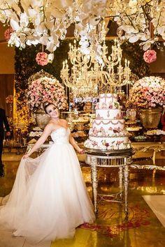 Festa de luxo - vestido branco para debutante