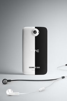 "Falling right in line with the MADE Fashion Week, HTC reveals a Cushnie et Ochs inspired HTC One X & calls it a ""sexy tech accessory."""