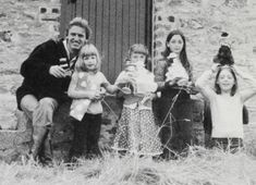 Mary McCartney withUncle Michael and cousins