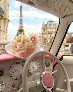 Roses in Paris 🌸 Bedroom Wall Collage, Photo Wall Collage, Picture Wall, Paris Wallpaper, Pink Wallpaper, Flower Aesthetic, Pink Aesthetic, Travel Aesthetic, Aesthetic Photo