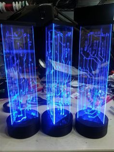 These are totally awesome DIY lighted, circuit board centerpieces. I totally want these for my wedding!