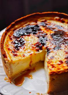 Köstliche Desserts, Delicious Desserts, Yummy Food, Portuguese Desserts, Portuguese Recipes, Portuguese Sweet Bread, Sweet Recipes, Cake Recipes, Dessert Recipes