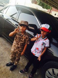 كلنا نحتفل بالعيد الوطني لدولتنا الحبيبة  ظبية و يوسف في اليوم الوطني 2.12.2015  #الكوتش_منيرة_عبدالله