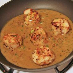 Simple Seared Scallops For Beginners: With a seared exterior and soft, tender interior, scallops have a mild flavor that complement a rich, buttery wine sauce.