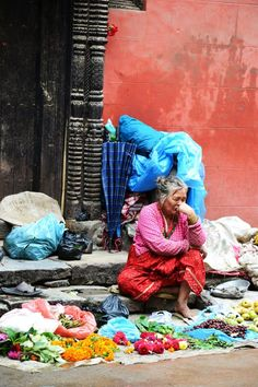 Waiting for customers Nepal Kathmandu, Bhutan, West Bengal, Tibet, Vintage Images, Country, Mustang, Pictures, Photos