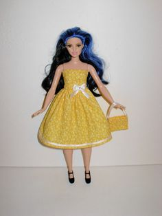 Here is a wardrobe that any girl would want for her new Barbie curvy collection. New yellow floral print strapless dress with white ribbon on bottom