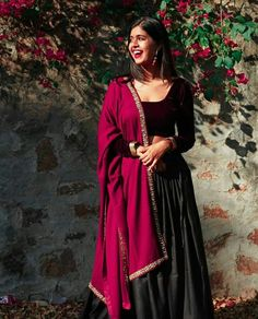 Indian Fashion Dresses, Dress Indian Style, Indian Designer Outfits, Fashion Outfits, Indian Wedding Outfits, Indian Outfits, Youtubers, Lehnga Dress, Ethnic Outfits