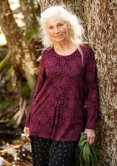 """""""Vilse"""" top in cotton/modal – Lost in the ancient forest – GUDRUN SJÖDÉN – Webshop, mail order and boutiques   Colorful clothes and home textiles in natural materials."""