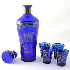 Decanter & Shot Glasses by Modern Jelly