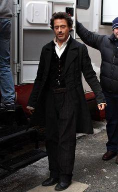 "A moment of meditation? (Robert Downey Jr. prepares to go on set, ""Sherlock Holmes"")"