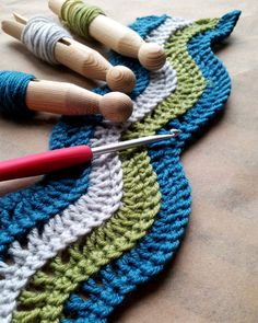 Whether you are looking for a riot of colour or working in neutrals ripples add interest to your crochet. Ripples can be used for every project from warm king-size blankets to elegant clutch bags and the variety of different ripple patterns means you w Stitch Crochet, Crochet Motifs, Crochet Stitches Patterns, Stitch Patterns, Knitting Patterns, Knitting Wool, Double Knitting, Crochet Wave Pattern, Hand Knitting