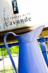 Distillerie lavande provence http://www.bien-etre-drome.com/