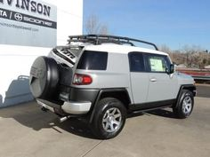 Toyota FJ Cruiser in Cement Gray (2KY) from 2014-2014 #16