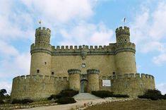 Madrid Manzanares el Real- fachada del Castillo -