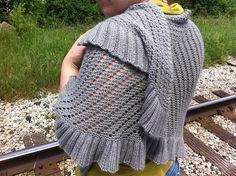Ash Kearns Handknitting -  - Cork Street Reversible Shawl