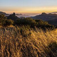 Hay islas que se sienten mejor cuando te encaramas a sus montañas. Gran Canaria: geografía mística www.turismoeuropeo.es
